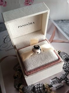 Authentic Pandora Charm For Bracelet YIN YANG Black and White w/ clear CZ