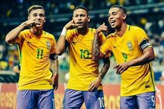 Philippe Coutinho Neymar and Gabriel Jesus of Brazil celebrates a scored goal against Argentina during a match between Brazil and Argentina as part 2018 FIFA World Cup Russia Qualifier at Mineirao stadium on November 2016 in Belo Horizonte, Brazil. Neymar Jr, Neymar Team, World Cup 2018 Teams, Fifa World Cup 2018, Fc Barcelona, Coutinho Wallpaper, Champions League, Brazil Football Team, Football Soccer