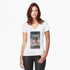 Marilyn Monroe, My T Shirt, V Neck T Shirt, Taj Mahal, Chiffon Tops, Classic T Shirts, Fitness Models, Shirt Designs, T Shirts For Women