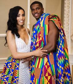 See How Ghanaian Couples Are Rocking This Iconic Super Luxe Big Day Looks in Kente - Wedding Digest Naija African Bridal Dress, African Print Wedding Dress, African Dress, Robe Kente, Kente Dress, African Inspired Fashion, African Fashion, African Men, Ghana Wedding Dress