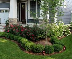 Backyard Landscape Design Ideas For Your Home 48 Unordinary Front Garden Landscaping Ideas - The front yard of your home says a lot about you. This makes it all the more important that you pay special attention to the appearance of your home. Cheap Landscaping Ideas, Outdoor Landscaping, Outdoor Gardens, Landscaping Design, Landscaping Software, Backyard Ideas, Landscaping Rocks, Front Gardens, Front House Landscaping