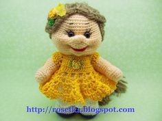 A directory of free Amigurumi crochet patterns Free Crochet Bag, Crochet Dolls Free Patterns, Amigurumi Patterns, Crochet Animals, Crochet Toys, Baby Girl Crochet, Bear Doll, Amigurumi Toys, Knitted Dolls