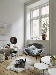 Natural Style in a Small Swedish Apartment