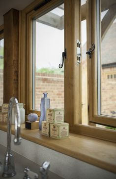 Residence 9 Irish Oak windows