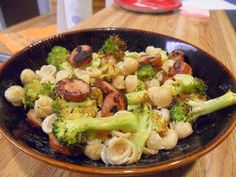 Annie's Homegrown Organic Macaroni & Cheese with Trader Joe's chicken sausage and roasted broccoli