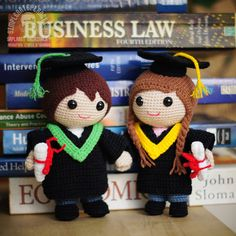 Amigurumi Graduation Dolls, part of our Love Story Series. Their love story happens on campus. It's love at first sight. Graduation Dolls Pattern by saplanetamigurumi on Etsy Crochet PATTERN Eyes BOOKMARK and applique / motif for dolls, amigurumi or to de Crochet Amigurumi, Crochet Doll Pattern, Amigurumi Doll, Amigurumi Patterns, Crochet Dolls, Doll Patterns, Crochet Patterns, Crochet Case, Crochet Pillow