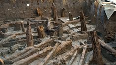 Archeologists Discover 'Bronze Age Pompeii' in England: 'This Is a World Full of Swords'