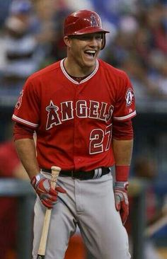 Mike Trout. Hot damnnnn ;) Gosh. I.love.him. Too bad he plays for the Angels!