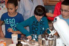 Nanny's Black Midnight Cake Dark Chocolate Cakes, Chocolate Desserts, Hot Chocolate, Chocolate Greek Yogurt, Layer Cake Recipes, Tiramisu Cake, Culinary Arts, Family Meals, Cooking