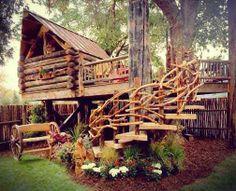 Great little tree house!