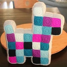 Patchwork Dog Pillow Free Crochet Pattern | Free Crochet Patterns