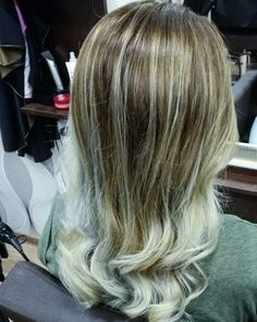 Balayage hair #blond #silver