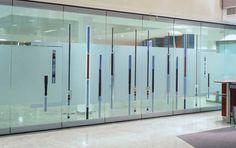 Resultado de imagem para divisorias de vidro