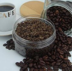 Homemade Coffee Scrub to help shrink cellulite and exfoliate the skin