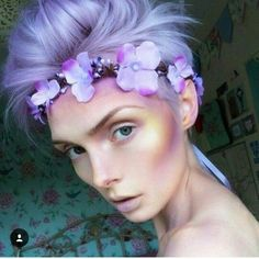 I love this fairy makeup and how they use unusual colors for the contour and highlight. Very fairy-esque and simple but creative. The skin really looks luminous and glowing as a result. Sfx Makeup, Makeup Art, Beauty Makeup, Hair Beauty, Exotic Makeup, Prom Makeup, Maquillage Halloween, Halloween Makeup, Makeup Inspo