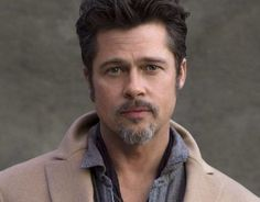 Brad Pitt Different Hairstyles Classic Hairstyles, Down Hairstyles, Brad Pitt Hairstyles, Brad Pitt Short Hair, Brad Pitt Fury Haircut, Fight Club Brad Pitt, Pompadour Style, Undercut Styles, Growing Your Hair Out