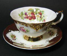 vintage teacups and saucers elizabethan | Elizabethan Staffordshire Teacup and Saucer