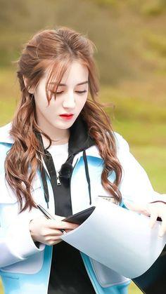 Korean Beauty Girls, Cute Korean Girl, Beauty Full Girl, Beauty Women, Asian Beauty, Beautiful Chinese Girl, Beautiful Asian Women, Mode Bollywood, Anime Angel Girl