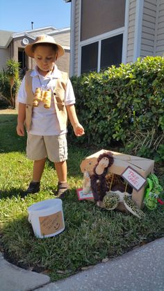 Zoo keeper fancy dress costume mia pinterest zoo keeper fancy halloween diy costume zoo keeper safari solutioingenieria Images