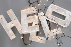 [DIY] letters with lights Diy Décoration, Diy Crafts, Diy Luz, Diy Lampe, Diy Letters, Marquee Letters, Marquee Lights, Ideas Geniales, Diy Interior