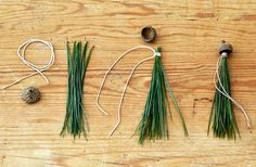 Holiday DIY Acorn Gift Tassels -- Get inspired to make your own Christmas DIY present topper using pine needles, acorn caps twine and a hot glue gun. DIY the Perfect Present Topper Christmas Projects, Holiday Crafts, Christmas Crafts, Christmas Decorations, Christmas Ornaments, Christmas Holiday, Holiday Decor, Diy Presents, Diy Gifts