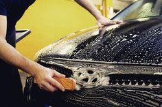 Quem disse que em dias de chuva não se lava o carro??? Com promoções destas temos que aproveitar faça chuva ou faça sol!  Só HOJE na Prontowash Dolce Vita Tejo, temos 25% de desconto em todos os serviços especiais para os nossos seguidores do Facebook e do Instagram que tenham veículos da marca Audi. Aproveite a nossa campanha! #luxury #sportcars #exoticcars #carsofinstagram #djmphotography #behindthescenes #stanced #lifestylephotography #blog #supercar #carswithoutlimits #throttle…