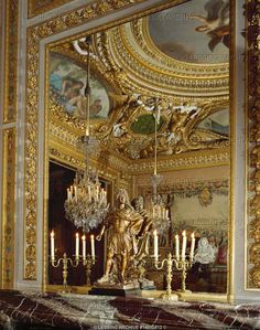 """BAROQUE INTERIORS:ALL 17TH CENTURY   Le Brun,Charles  Vaux-le-Vicomte, a corner of the """"Cabinet des Jeux"""", the card-room, seen in a mirror. The residence of minister of finance Nicolas Fouquet was built by Le Vau, interior decoration by Le Brun, garden by Le Notre. For Vaux-le-Vicomte see 14-01-04/1-20   Chateau, Vaux-le-Vicomte, France"""