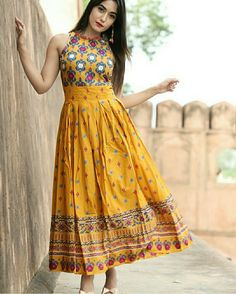 Fashionable Yellow Printed Kurti Size : M (Bust - inches) L (Bust - inches) XL (Bust - inches) (Bust - inches) Color : Yellow Fabric : Rayon Type : Stitched Style : Printed Delivery : Within business days ☺️Dm for price /Order   Indian Gowns, Pakistani Dresses, Indian Outfits, Indian Long Dress, Bollywood Dress, Frock Design, Kurta Designs Women, Blouse Designs, Kurti Designs Long