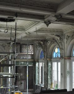 Pol Standaert beginning restoration ceiling ballroom