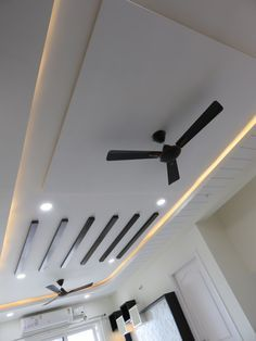 Ceiling with beams: living room by bluebell interiors,modern Here you will find photos of interior design ideas. Get inspired! Down Ceiling Design, Drawing Room Ceiling Design, Simple False Ceiling Design, Plaster Ceiling Design, Gypsum Ceiling Design, Interior Ceiling Design, House Ceiling Design, Ceiling Design Living Room, Fall Celling Design
