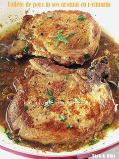 Cotlete de porc in sos aromat cu rozmarin ~ Culorile din farfurie Pork Recipes, Baby Food Recipes, Cooking Recipes, Healthy Recipes, Romania Food, My Favorite Food, Favorite Recipes, Good Food, Yummy Food