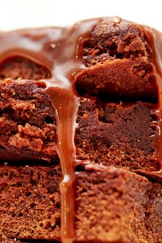 NYT Cooking: The salted caramel brownie is an ingenious combination of blond, bittersweet caramel and dark, bittersweet chocolate. Best Brownie Recipe, Brownie Recipes, Cookie Recipes, Chocolate Recipes, Just Desserts, No Bake Desserts, Dessert Recipes, Fall Desserts, Most Popular Recipes