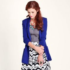 Cute outfit featuring a blue blazer . Blue Blazer Outfit, Blazer Outfits, Skirt Outfits, Dress Skirt, Dress Up, Classy Outfits, Cool Outfits, Casual Outfits, Fashion Outfits