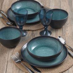 Rustic Dinnerware, Stoneware Dinnerware Sets, Square Dinnerware Set, Stoneware Crocks, Serving Bowl Set, Black Exterior, Black Bedding, Everyday Items