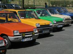 Renault 5 TS, Super Campus, TL Campus orange jaune verte Automobile, My Ride, Old Cars, Vintage Cars, Vintage Signs, Peugeot, Cars And Motorcycles, Dream Cars, Cadillac