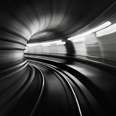 metro by Ronny Behnert on 500px