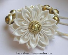 Beautiful kanzashi by Larisa, Moscow