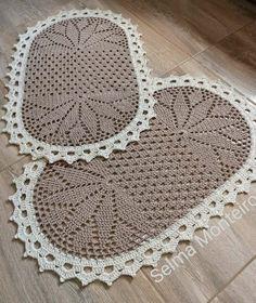 Crochet Doily Rug, Crochet Rug Patterns, Crochet Carpet, Crochet Table Runner, Crochet Geek, Crochet Round, Crochet Baby Hats, Crochet Gifts, Cute Crochet