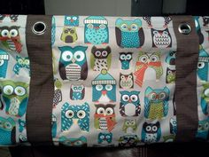 Hoo's Chilly...Exclusive Medium Utility Tote.  Coming this November from Thirty-One. $7 when you spend $35!
