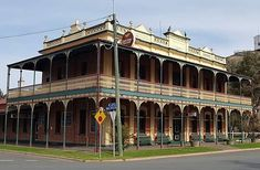 Country Hotel, Ubs, Roof Deck, Queensland Australia, Small Towns, Hotels, House Design, Mansions, House Styles