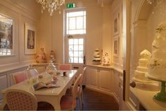 Peggy Porschen Cakes.  Cake planning and consult space.