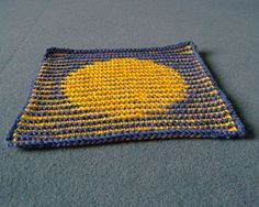 Illusion Circle: Free #Knit Afghan Square roundup on Moogly!