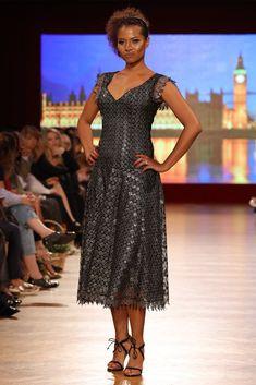 Rochie dantela Dresses, Fashion, Moda, Vestidos, Fashion Styles, Dress, Dressers, Fashion Illustrations, Gowns