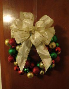 Handmade Christmas Ornament Wreath and Bow. https://www.etsy.com/shop/BlissfulCornflower