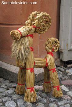 Traditionelle finnische Weihnachtsdekoration in Turku, Finland