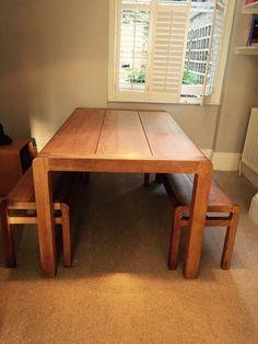 RADIUS 6 Seat Solid Oak Dining Table