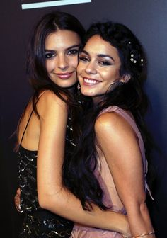 Pin for Later: Go Inside the Star-Studded VMAs Afterparties! Emily Ratajkowski and Vanessa Hudgens