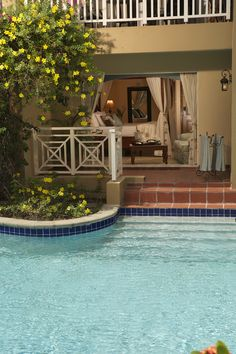 Lagoon Swim Up Room at Sandals Grande St. Lucian