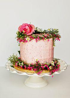 rosarote Hochzeitstorte