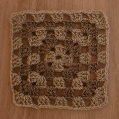 How to Crochet a Multicolored Granny Square: Finishing Your Crochet Granny Square